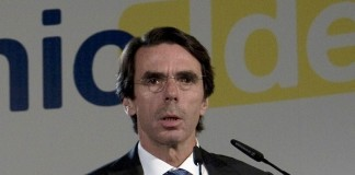 """Aznar in Economic Ideas Forum, Madrid, Spain"""" by European People's Party Licensed under Creative Commons Attribution 2.0 via Wikimedia Commons"""