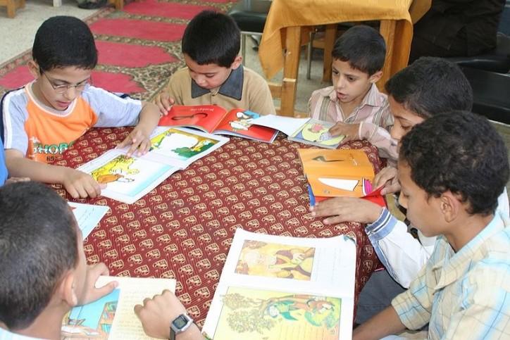 Kinder in einer Schule in Ägypten. Foto Ben Barber (USAID) / Public Domain