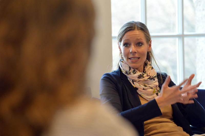 Auf ihre Fragen bekommt Rebecca Seidler keine schriftliche Antwort. Foto Jens Schulze / zVg