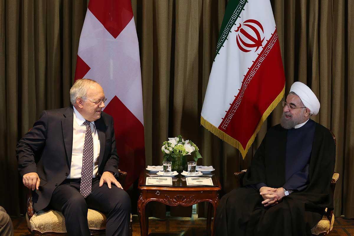 Bundespräsident Johann Schneider-Ammann mit Staatspräsident Hassan Rohani. Foto Twitter