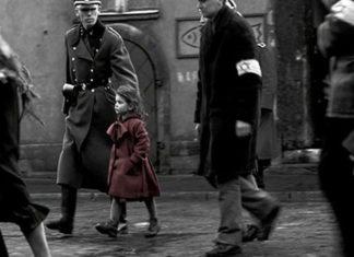 Szene aus Schindlers Liste, ein Spielfilm von Steven Spielberg. Foto Screenshot Youtube