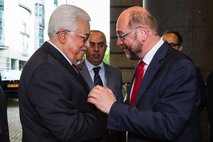 Offizieller Besuch von PA Präsident Mahmud Abbas in Brüssel, empfangen durch den damaligen Präsidenten des Europäischen Parlaments Martin Schulz im Juni 2016. foto © European Union 2016 - Source : EP.