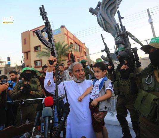 Hamas Gründer Mahmoud al-Zahar an einer Kundgebung in Gaza. Foto Facebook / Radio Midan