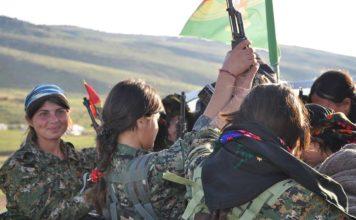 Foto Kurdishstruggle - Yezidi YBŞ Fighters, CC BY 2.0, Link