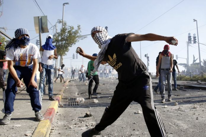 Intifada in Shuafat 2014. Foto Sliman Khader/Flash90