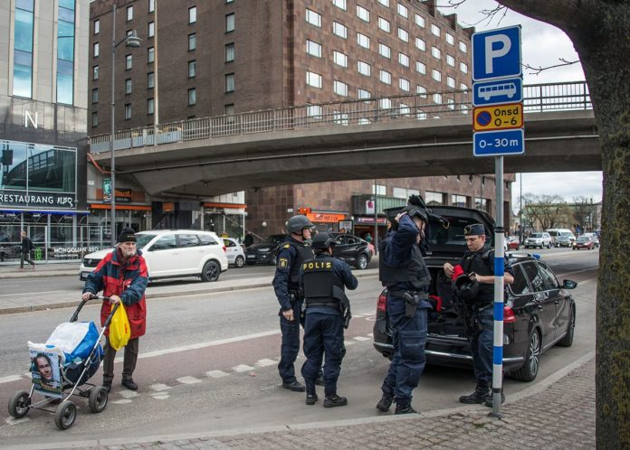 Attentat in Stockholm am 7. April 2017. Foto Frankie Fouganthin - Own work, CC BY-SA 4.0, https://commons.wikimedia.org/w/index.php?curid=57798940