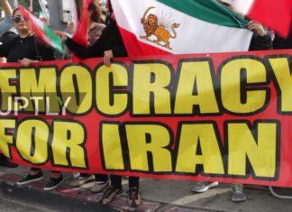 Iranische Expats demonstrieren in Los Angeles. Foto Screenshot Youtube / Ruply