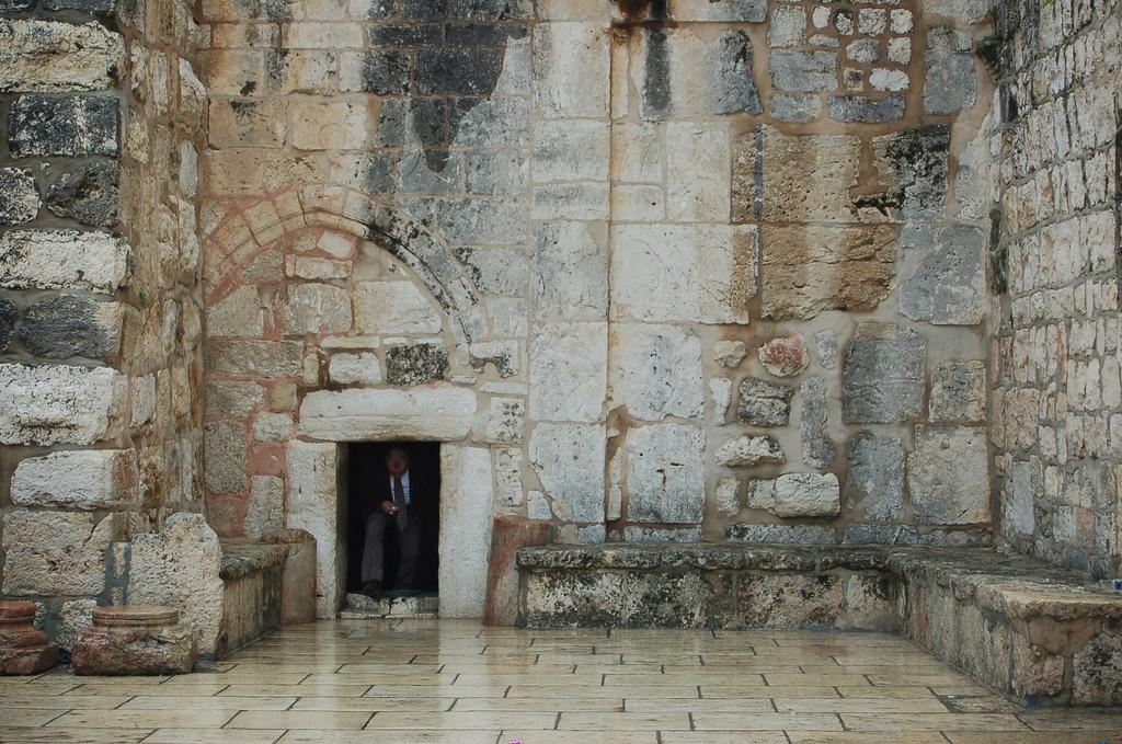 Der Hauptzugang zur Geburtskirche in Bethlehem, bekannt als