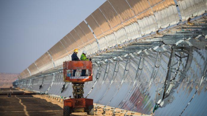 Das Ashalim Thermosolarkraftwerk. Foto Gilad Kavalerchik/Negev Energy