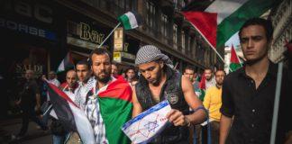 Palästinenser-Demo in Mailand am 26. Juli 2014. Foto Shutterstock