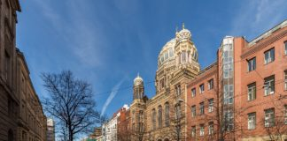 Neue Synagoge Berlin. Foto: Ansgar Koreng / CC BY-SA 4.0, CC BY-SA 4.0, https://commons.wikimedia.org/w/index.php?curid=60020750