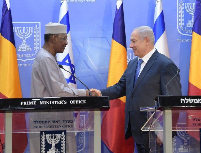 Premierminister Benjamin Netanyahu trifft am 25. November 2018 in Jerusalem Präsident Idriss Deby aus dem Tschad. Foto GPO