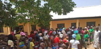 Nigeria - Milizangriffe im südlichen Kaduna forderten seit Februar mindestens 120 Todesopfer. Vertriebene aus dem Stammesgebiet Adara. Foto CSW / Twitter