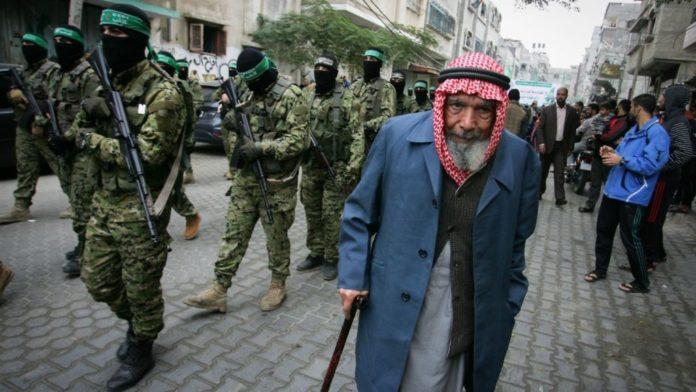 Hamas Aufmarsch. Foto Abed Rahim Khatib/Flash90