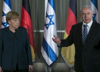 Bundeskanzlerin Angela Merkel und Premierminister Benjamin Netanyahu geben am 24. Februar 2014 eine gemeinsame Pressekonferenz in der Residenz des Premierministers in Jerusalem. Foto Olivier Fitoussi/Flash90