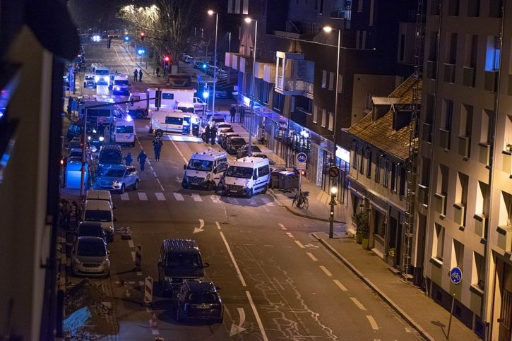 Polizeiliche Intervention am Abend eines Attentats in Straßburg, 11. Dezember 2018. Foto Guillaume.G, CC BY-SA 4.0, https://commons.wikimedia.org/w/index.php?curid=75168605