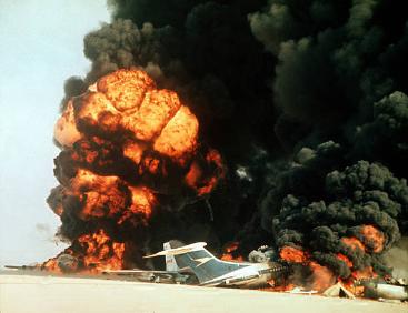 Flugzeugsprengung in Jordanien. Foto Jordanian Archives, Public Domain, https://commons.wikimedia.org/w/index.php?curid=62026040