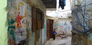 Burj Barajneh, ein palästinensisches Flüchtlingslager im Libanon, das von der UNRWA verwaltet wird. Foto Al Jazeera English - P1020710, CC BY-SA 2.0, https://commons.wikimedia.org/w/index.php?curid=17498700