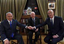 Premierminister Benjamin Netanyahu (L) mit dem dem blau-weißen Parteichef Benny Gantz (R) und in der Mitte Präsident Reuven Rivlin am 23. September 2019 in der Präsidentenresidenz in Jerusalem. Foto Haim Zach/GPO