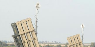 Iron Dome Batterie, das Abwehrsystem gegen Kurzstreckenraketen, an der Grenze zwischen Gaza und Israel. Foto Elior Cohen/TPS