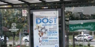 Hetze gegen Juden und Christen auf einem Plakat in Konya. Foto Twitter / kumtemir_ahmet