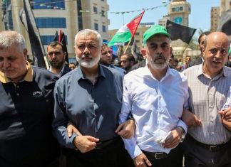 Die Hamas-Führer Ismail Haniyeh und Yahya Sinwar in Gaza City am 26. Juni 2019. Foto Hassan Jedi/Flash90