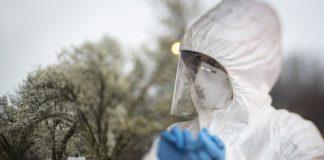 Eine Krankenschwester der New Jersey National Guard im COVID-19 Einsatz. Foto The National Guard - https://www.flickr.com/photos/33252741@N08/49691951226/, CC BY 2.0, https://commons.wikimedia.org/w/index.php?curid=88816128