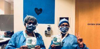 Krankenhausmitarbeiter erhalten von SmartAID persönliche Schutzausrüstung. Foto zVg / SmartAID