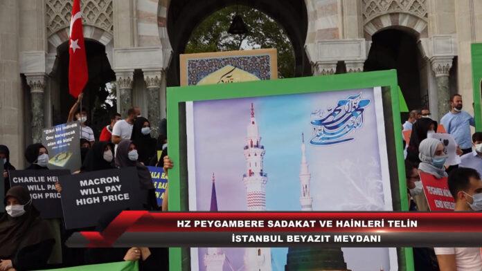 Am 13. September protestierte eine Gruppe von Islamisten auf dem Beyazit-Platz in Istanbul gegen den französischen Präsidenten Emmanuel Macron. Sie hielten Plakate mit der Warnung, dass Macron und die satirische französische Zeitschrift Charlie Hebdo