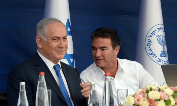 Premierminister Benjamin Netanjahu und Mossad-Chef Yossi Cohen am 2. Oktober 2017. Foto Haim Zach/GPO