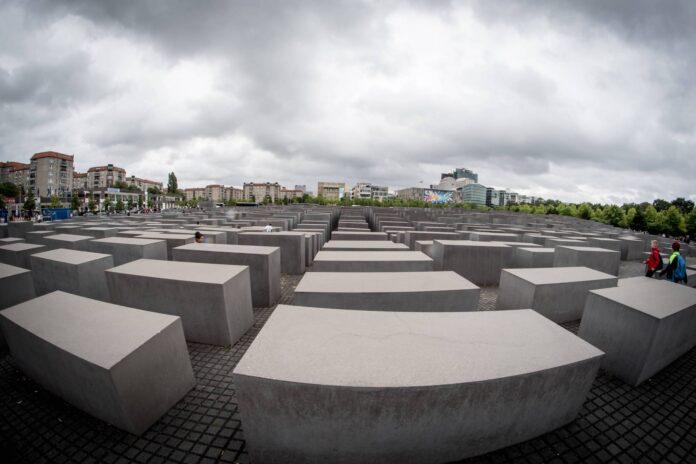 Denkmal für die ermordeten Juden Europas in Berlin. Foto IMAGO / Pacific Press Agency