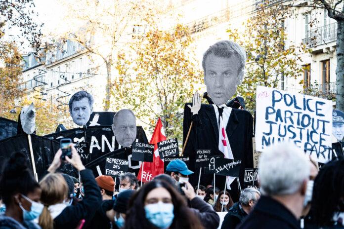 Demonstration gegen Macron am 28. November 2020 in Paris. Foto IMAGO / Hans Lucas