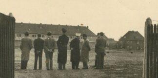 Amin al-Husseini besucht das Konzentrationslager Trebbin 1942. Foto Kedem Auction House Jerusalem
