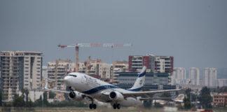 Ein Flugzeug der israelischen Fluggesellschaft El Al hebt vom Flughafen Ben Gurion ab. Foto Kobi Richter/TPS