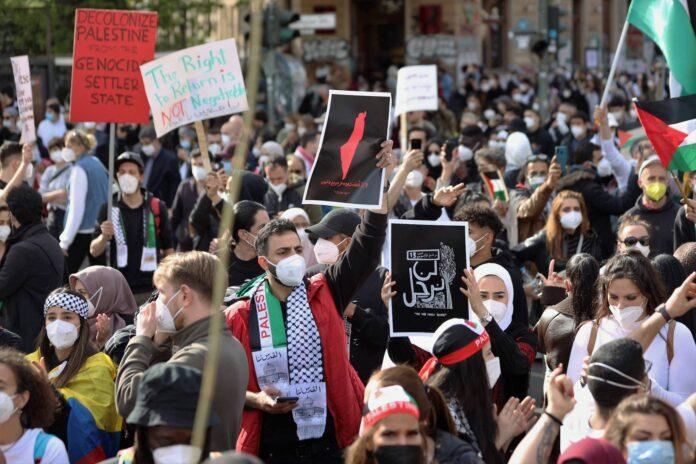 Anti-israelische Protestkundgebung in Berlin, Deutschland, Samstag, 15. Mai 2021. Foto IMAGO / ZUMA Wire