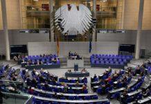 Deutscher Bundestag; Blick in den Plenarsaal. Foto Steffen Prößdorf, CC BY-SA 4.0, https://commons.wikimedia.org/w/index.php?curid=87433013