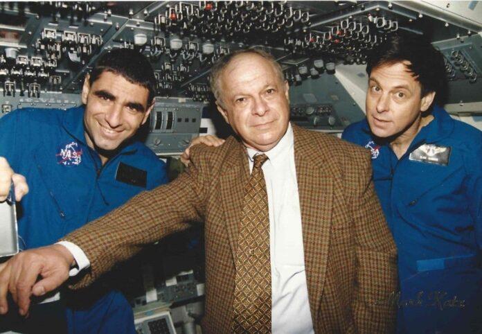 Avi Har Even mit Ilan Ramon und Yitzhak Mayo. Foto Israelisches Ministerium für Wissenschaft und Technologie