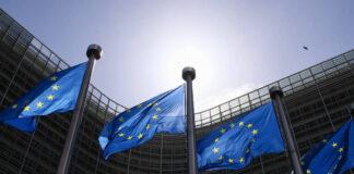 Flaggen der Europäischen Union wehen vor dem EU-Hauptquartier in Brüssel, Belgien, 21. Mai 2021. Foto IMAGO / Xinhua