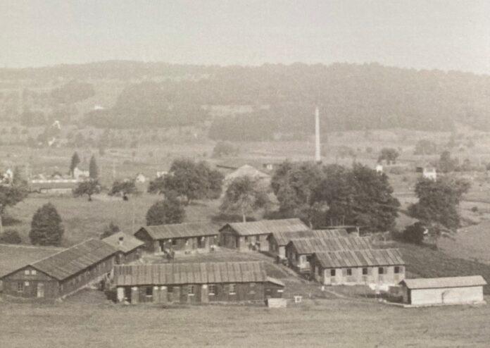 Foto Screenshot Buchcover «Zuflucht Schweiz im 2. Weltkrieg, Das Arbeitslager für Flüchtlinge, Bonstetten 1943-1945» von Rolf und Christine Werner