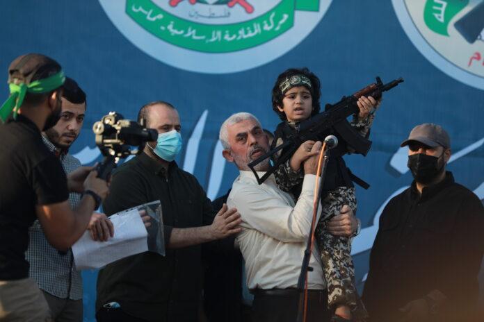Kundgebung in Gaza-Stadt mit Yahya Sinwar, Führer der Hamas im Gazastreifen am 24. Mai 2021. Foto Majdi Fathi/TPS
